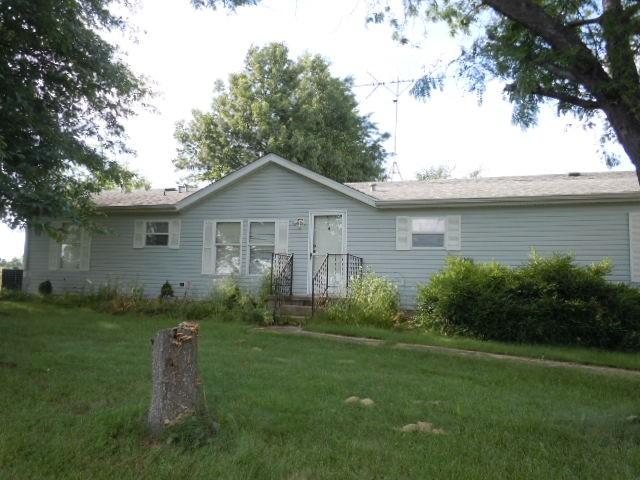 Real Estate for Sale, ListingId: 27986686, Dix,IL62830