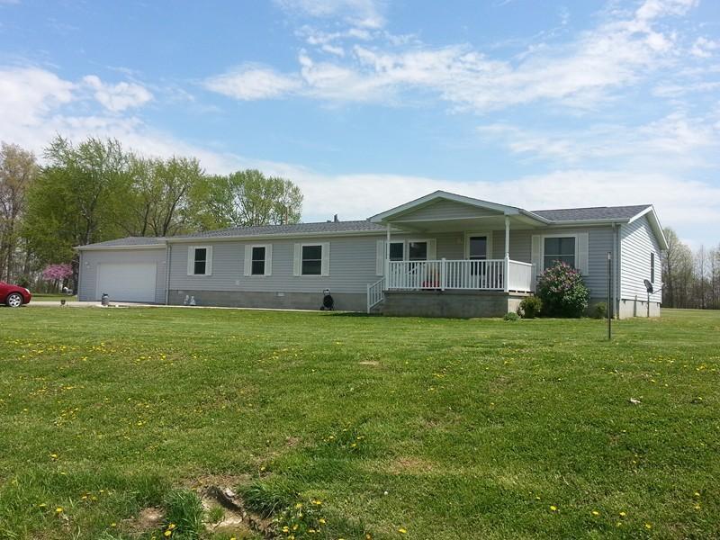 Real Estate for Sale, ListingId: 27996528, Pinckneyville,IL62274