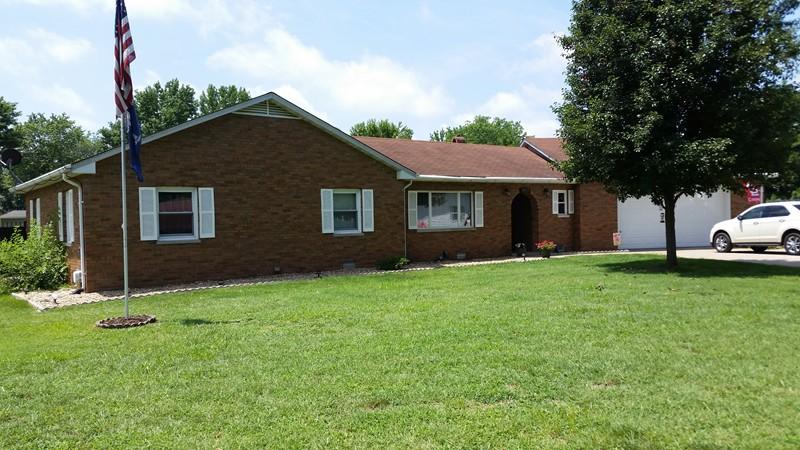 Real Estate for Sale, ListingId: 29060263, Pinckneyville,IL62274