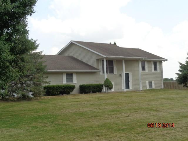 3006 Lakeview Dr, Metropolis, IL 62960