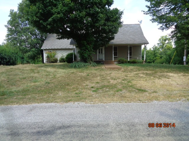 6287 Old Marion Rd, Metropolis, IL 62960