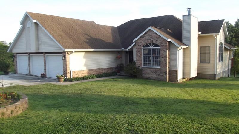 Real Estate for Sale, ListingId: 29571151, Cobden,IL62920