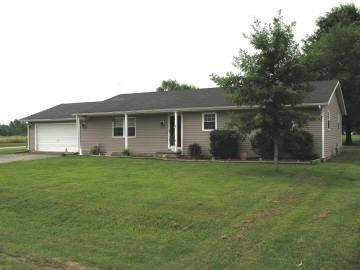 Real Estate for Sale, ListingId: 29850782, Iuka,IL62849