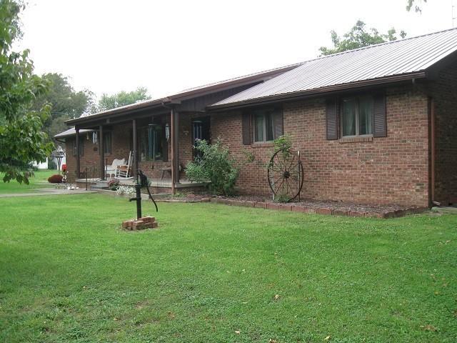 Real Estate for Sale, ListingId: 29957780, Enfield,IL62835