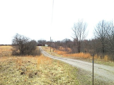30 acres by Mcleansboro, Illinois for sale