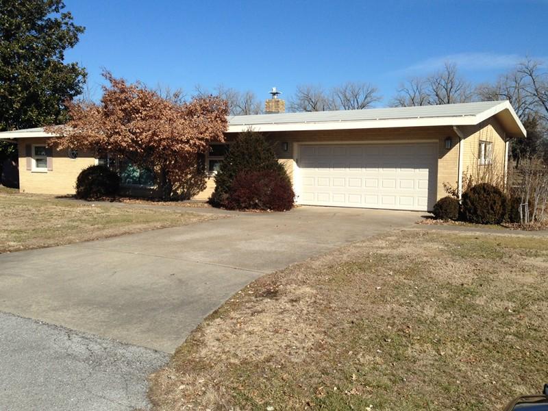 Real Estate for Sale, ListingId: 31416336, du Quoin,IL62832