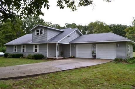 Real Estate for Sale, ListingId: 32038240, Dix,IL62830