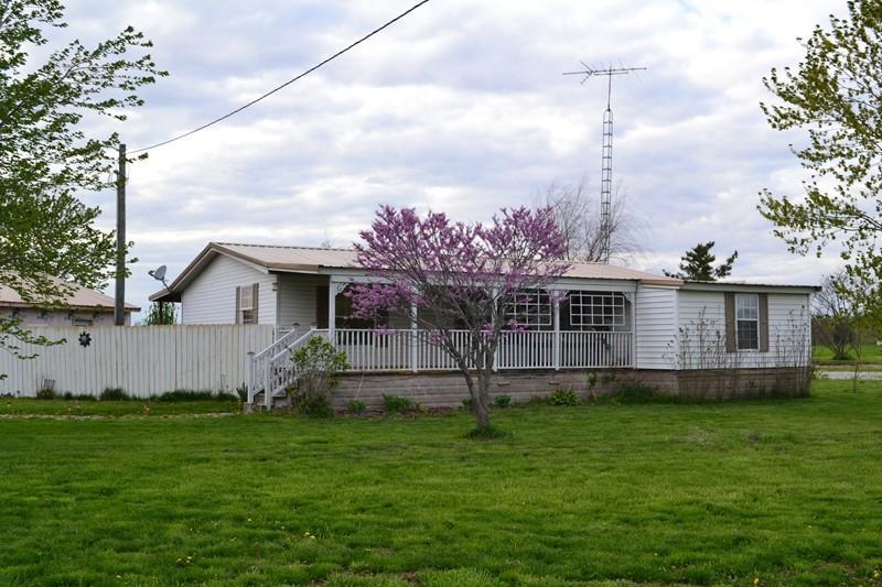 Real Estate for Sale, ListingId: 32937301, Dix,IL62830