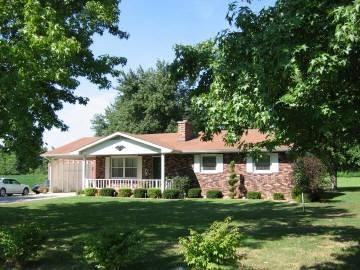 Real Estate for Sale, ListingId: 33107347, Dix,IL62830