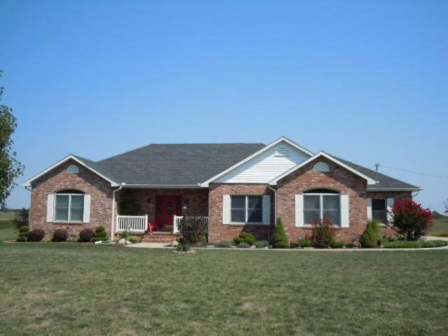 Real Estate for Sale, ListingId: 33430783, Dix,IL62830