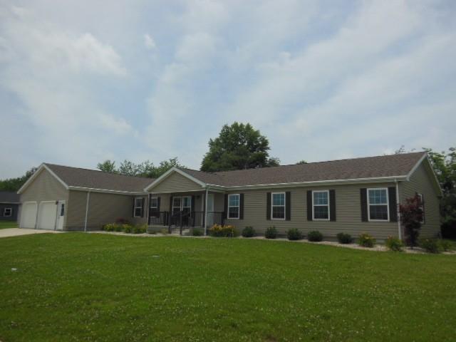 Real Estate for Sale, ListingId: 33993018, Flora,IL62839
