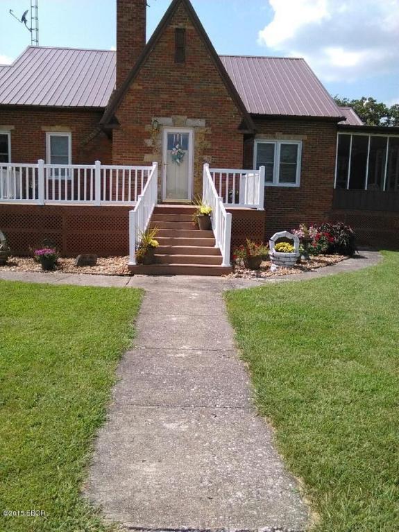 Real Estate for Sale, ListingId: 35198147, Dix,IL62830