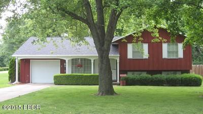 Real Estate for Sale, ListingId: 37285930, du Quoin,IL62832