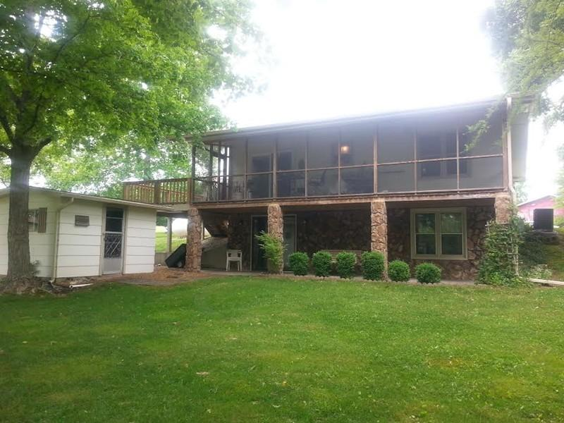 Photo of 497 Circle Drive  Creal Springs  IL