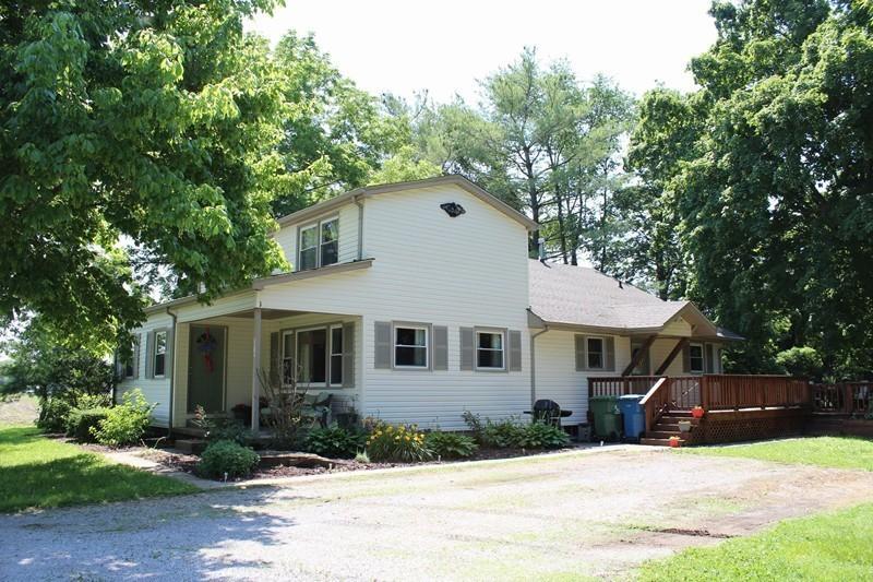 1818 Crane Rd, De Soto, IL 62924