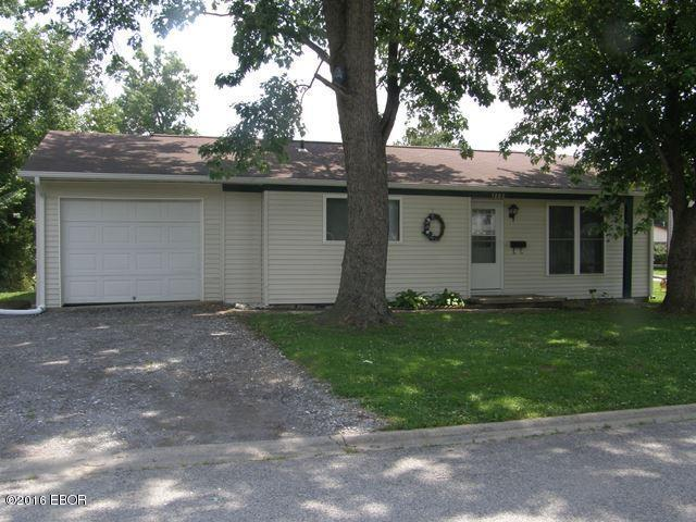 Photo of 1202 Thompson Street  Carterville  IL