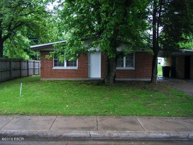 Photo of 305 Birchlane  Carbondale  IL