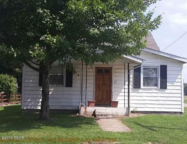 Photo of 210 4th Street  Mulberry Grove  IL