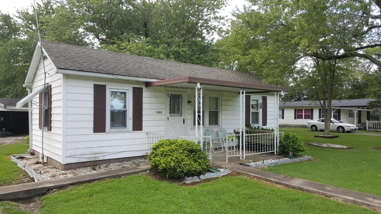 1244 Randolph St, Coulterville, IL 62237
