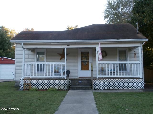 Photo of 113 Cole East Street  Duquoin  IL