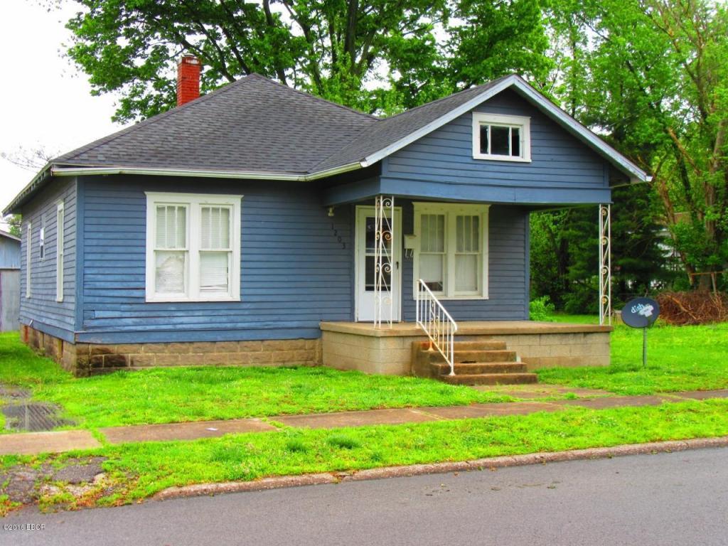 Photo of 1203 Oak Street  West Frankfort  IL