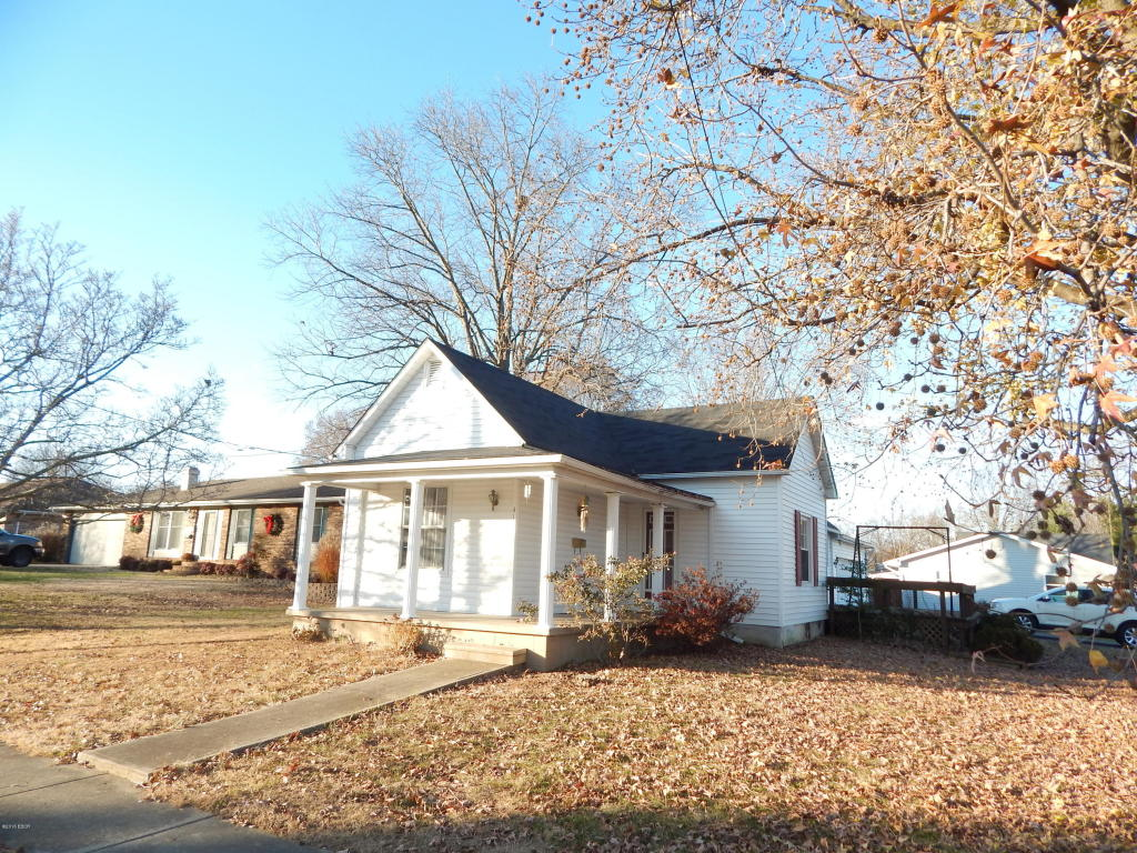 Photo of 412 Boulevard  Marion  IL