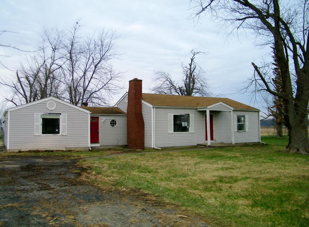 Photo of 1614 Boone  Salem  IL