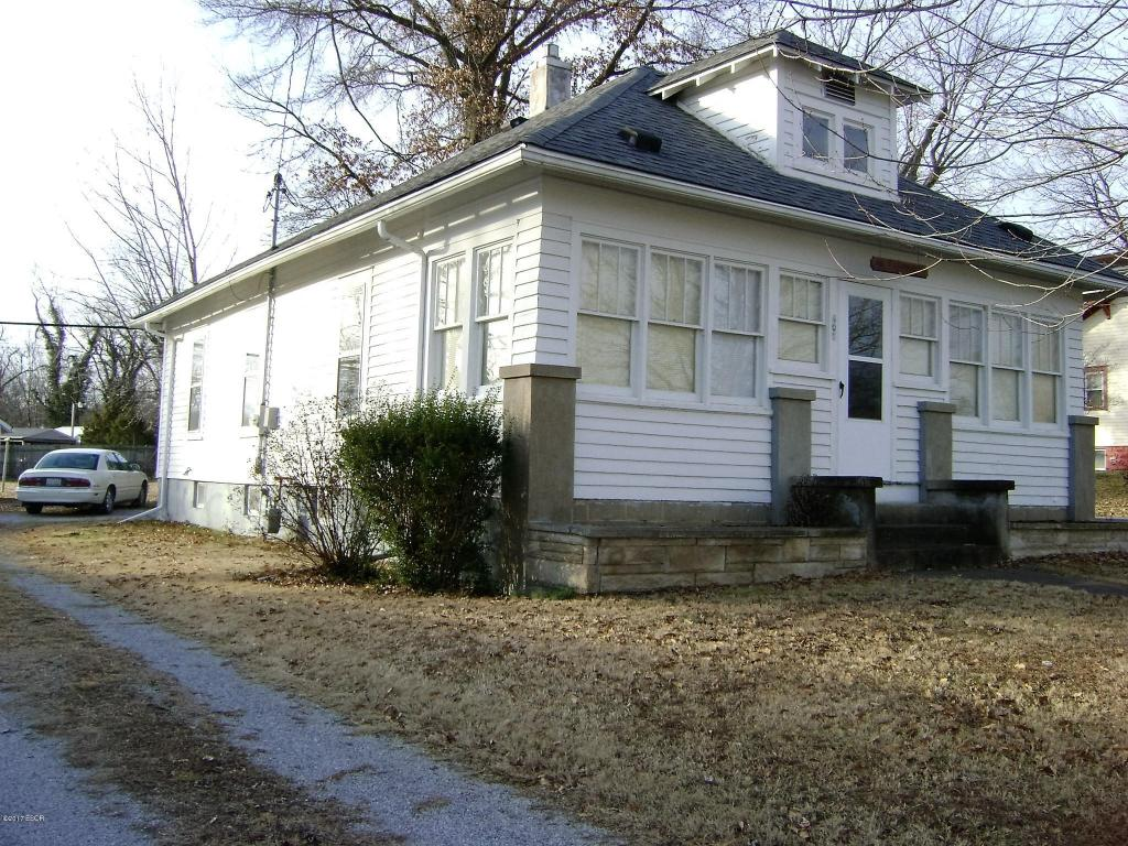 Photo of 409 Main St  Jonesboro  IL