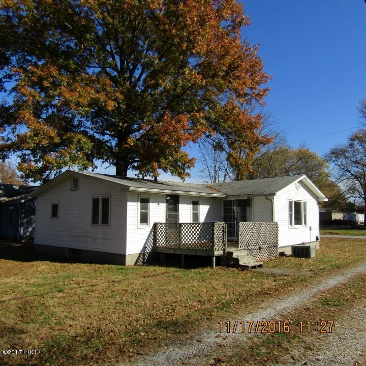Photo of 27 Wisconsin  Pinckneyville  IL