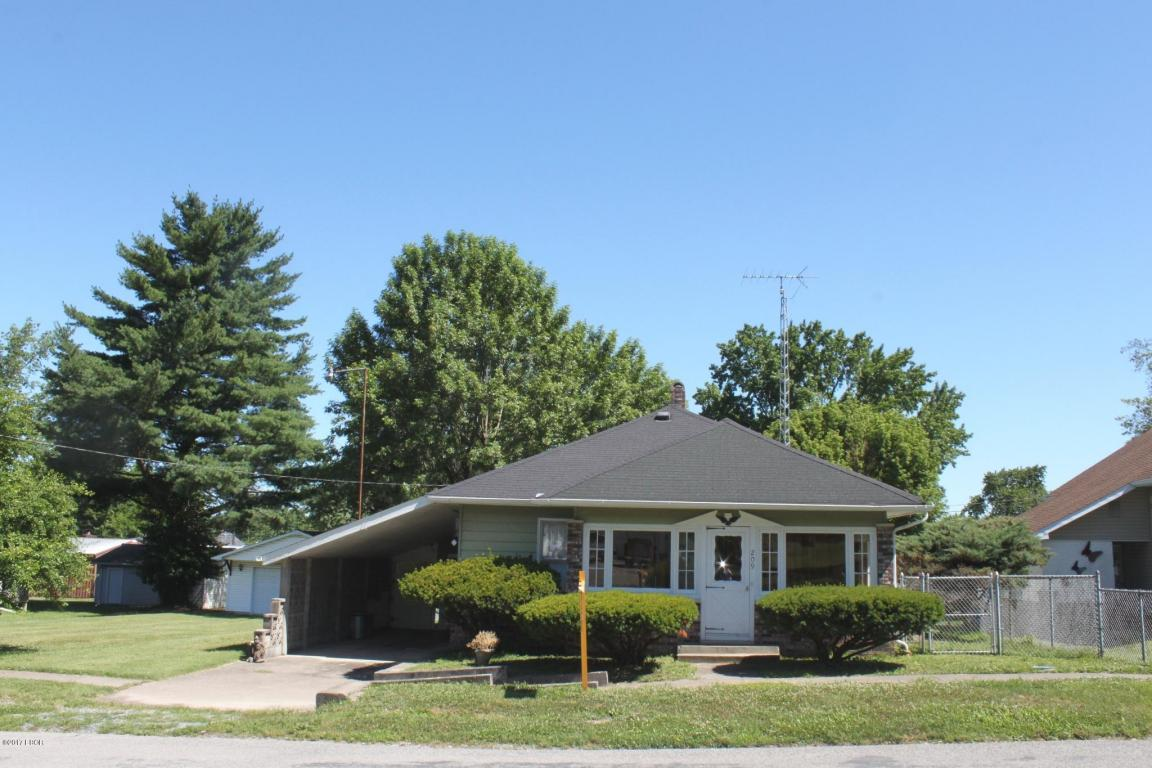 Photo of 209 4th Street  West Frankfort  IL
