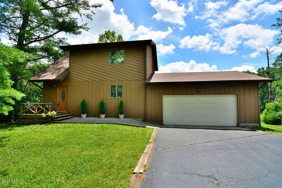 Photo of 64 Southmoor  Carbondale  IL