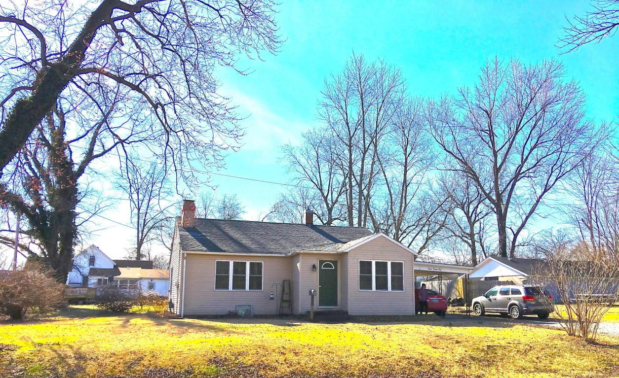Photo of 321 Smith Avenue  Duquoin  IL