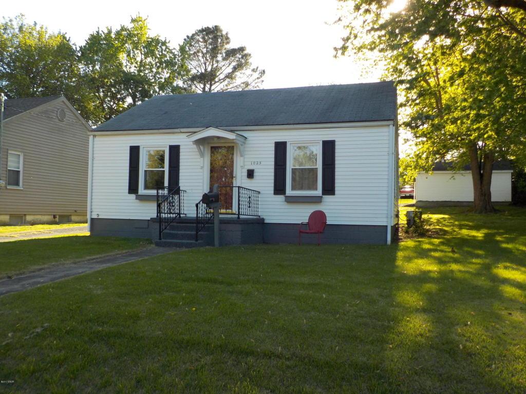 Photo of 1025 Main Street  Harrisburg  IL
