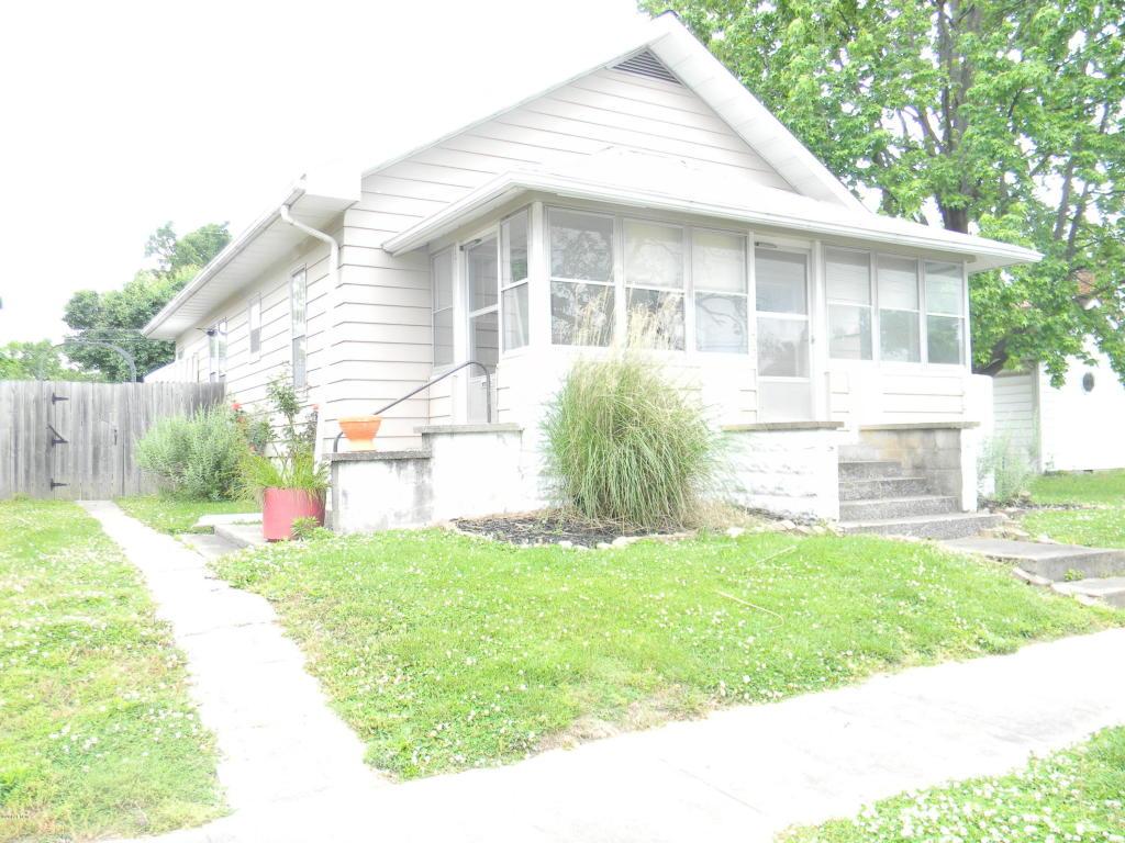 Photo of 203 Main  Pinckneyville  IL