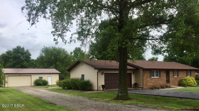 Photo of 1077 Spring Valley Drive  Pinckneyville  IL