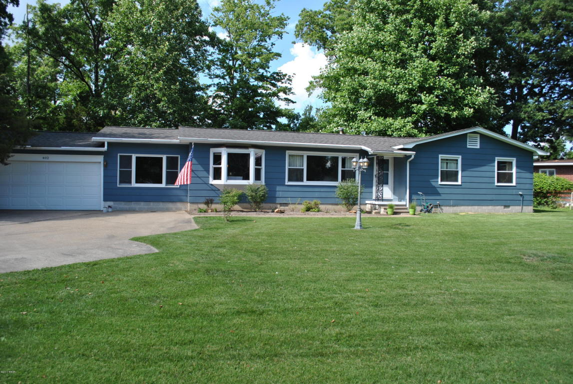 Photo of 402 Country Club Road  Carterville  IL