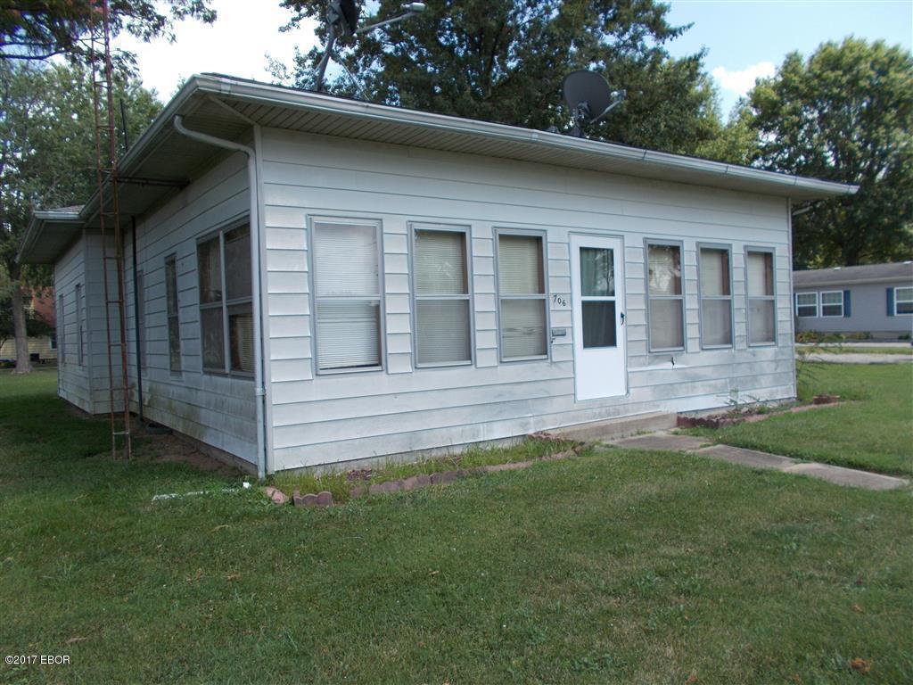 Photo of 706 Truman Street  Steeleville  IL