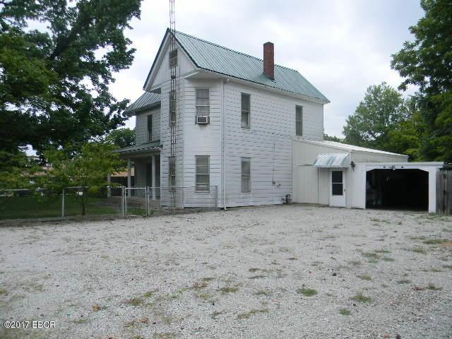 Photo of 209301 Walnut  Pinckneyville  IL