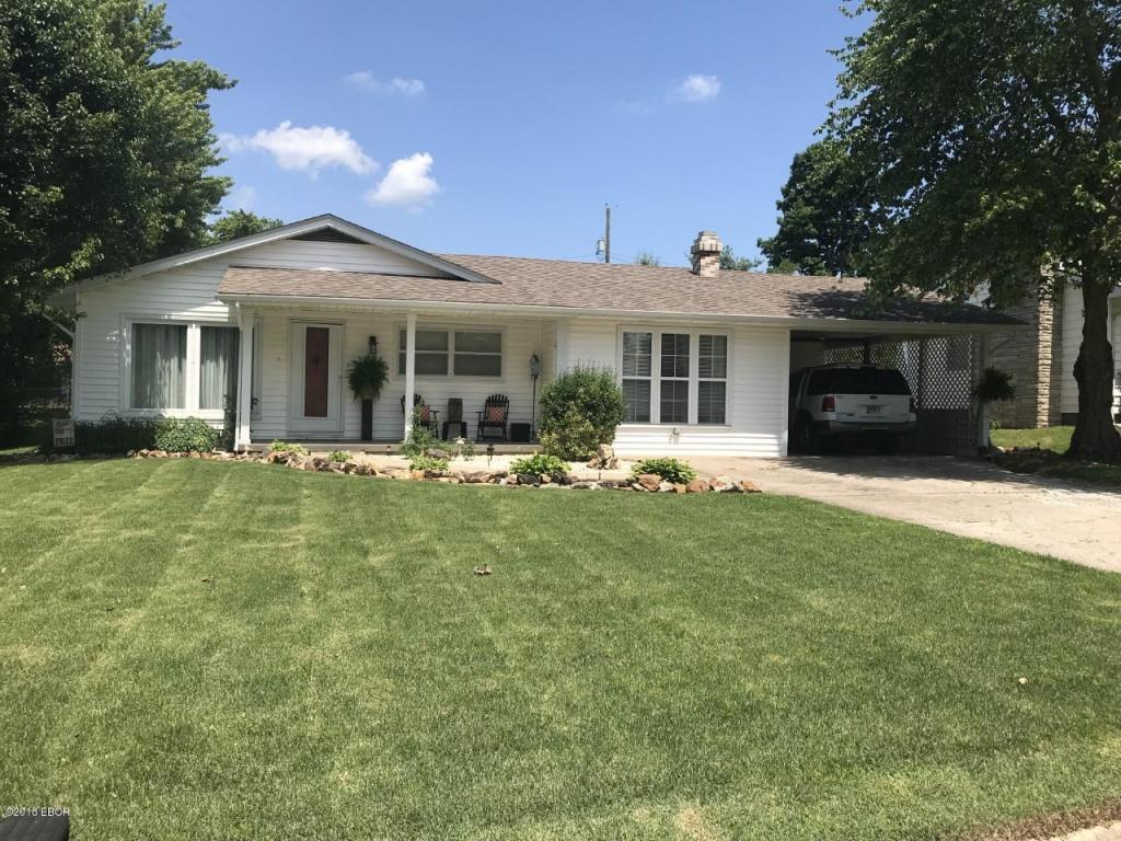 135 Turner Avenue Anna, IL 62906