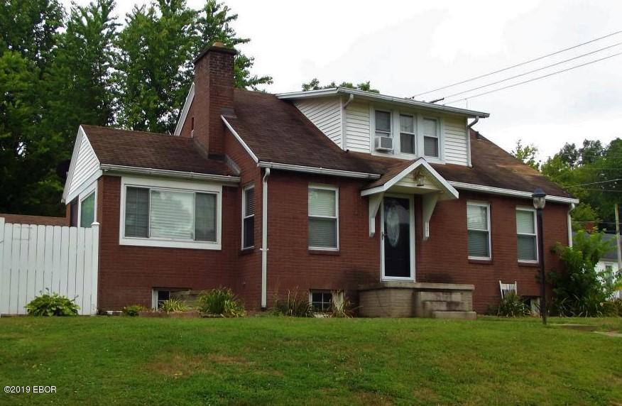 121 Martin Street Grayville, IL 62844