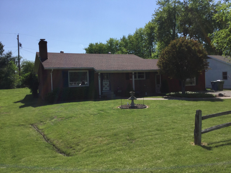 438 Springfield Avenue Anna, IL 62906