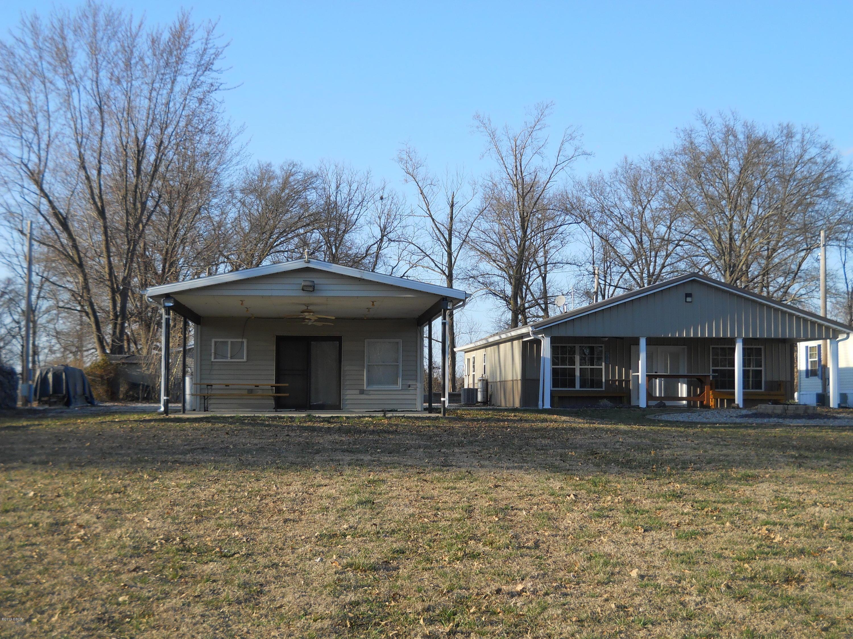 19329 Clark Cemetery Road Carlyle, IL 62231