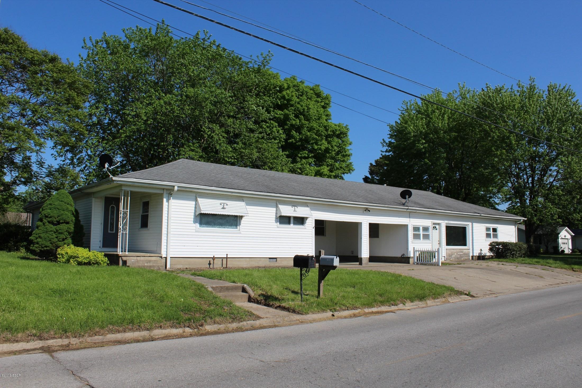 726 Davie Street Anna, IL 62906