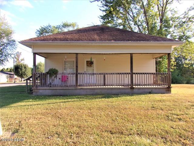 primary photo for 21590 Shawneetown Road, Thompsonville, IL 62890, US