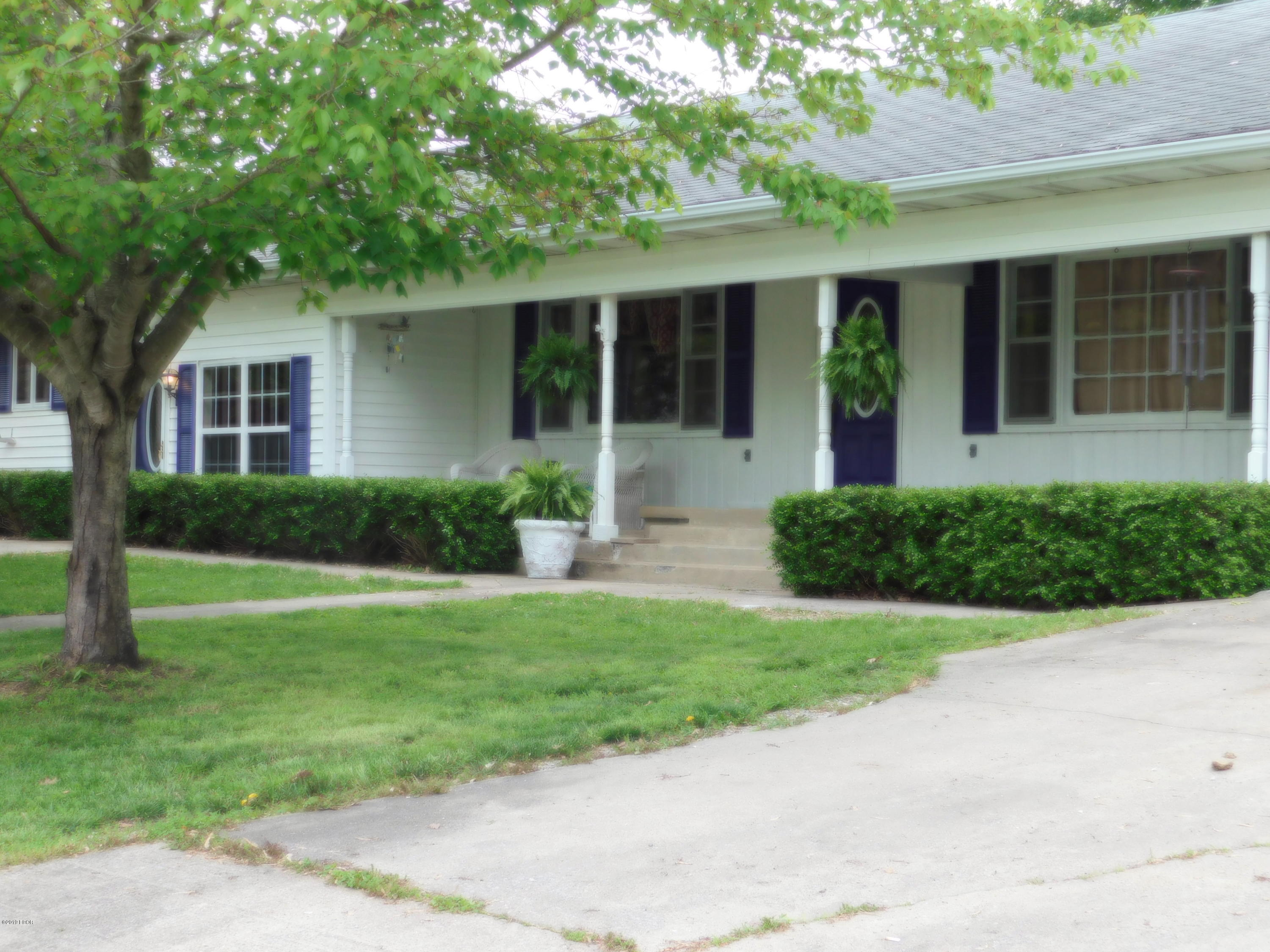 148 Front Street Anna, IL 62906