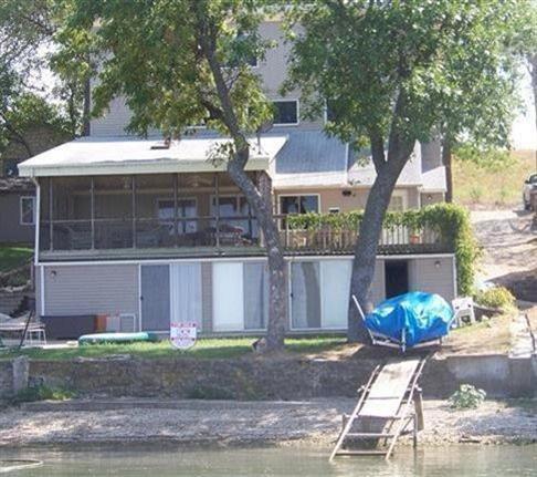 Real Estate for Sale, ListingId: 22971829, Emporia,KS66801