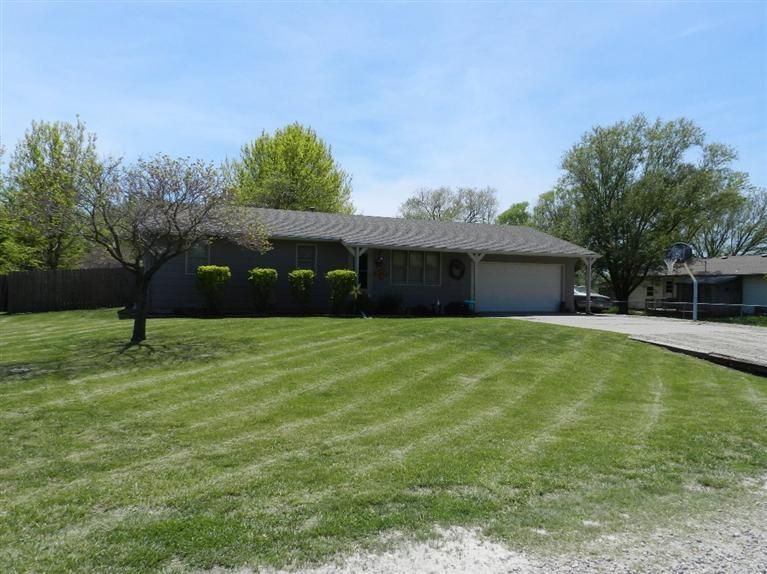 Real Estate for Sale, ListingId: 28003272, Americus, KS  66835