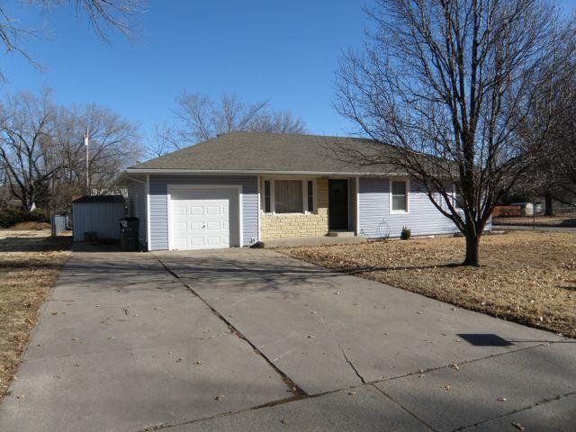 Rental Homes for Rent, ListingId:29107672, location: 1202 Thompson Emporia 66801