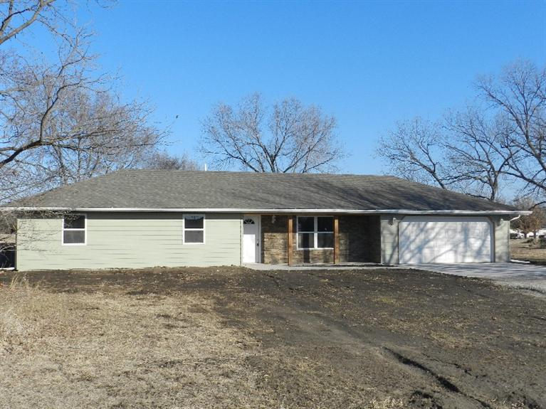 Real Estate for Sale, ListingId: 30543413, Americus, KS  66835