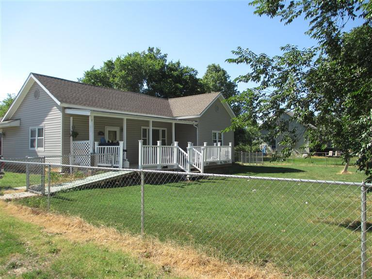 Real Estate for Sale, ListingId: 30694419, Burlington,KS66839